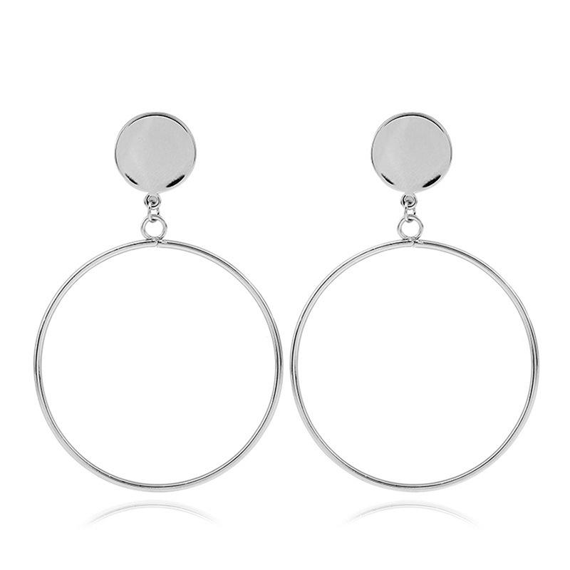 846566c69d4 Øreringe i sølv med simple detalje | Smykker til kvinder