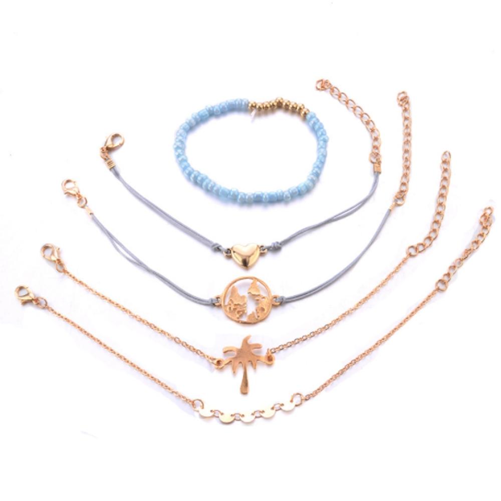 Image of   Helt sæt med 5 guld armbånd med flotte detaljer