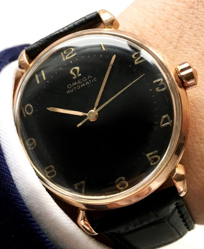Omega Automatic Bumper black dial pink gold-31