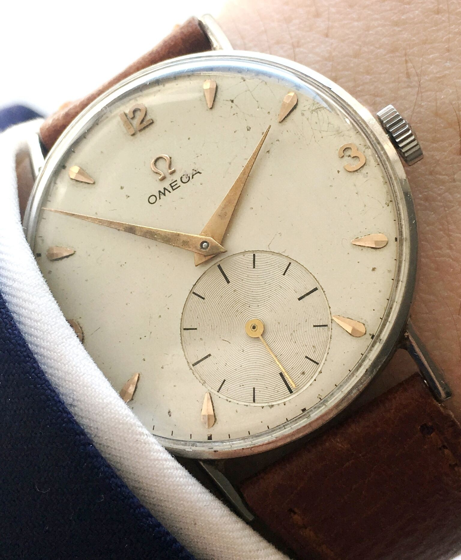 Omega 35mm Vintage Watch with Big small second-39