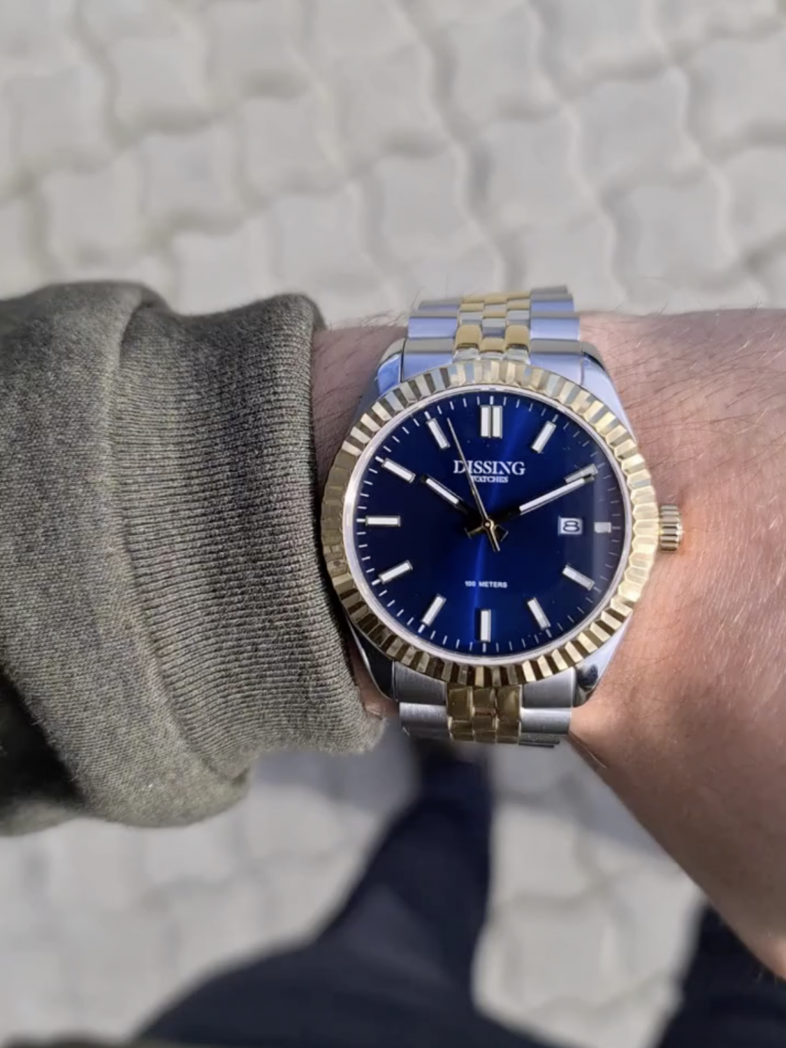 __=__youtube___Dissing Two Tone Date Gold/Blue___https://www.youtube.com/embed/nUIEhpt6-So___nUIEhpt6-So